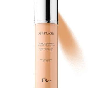 Dior airflash spray foundation 300 light med Ne